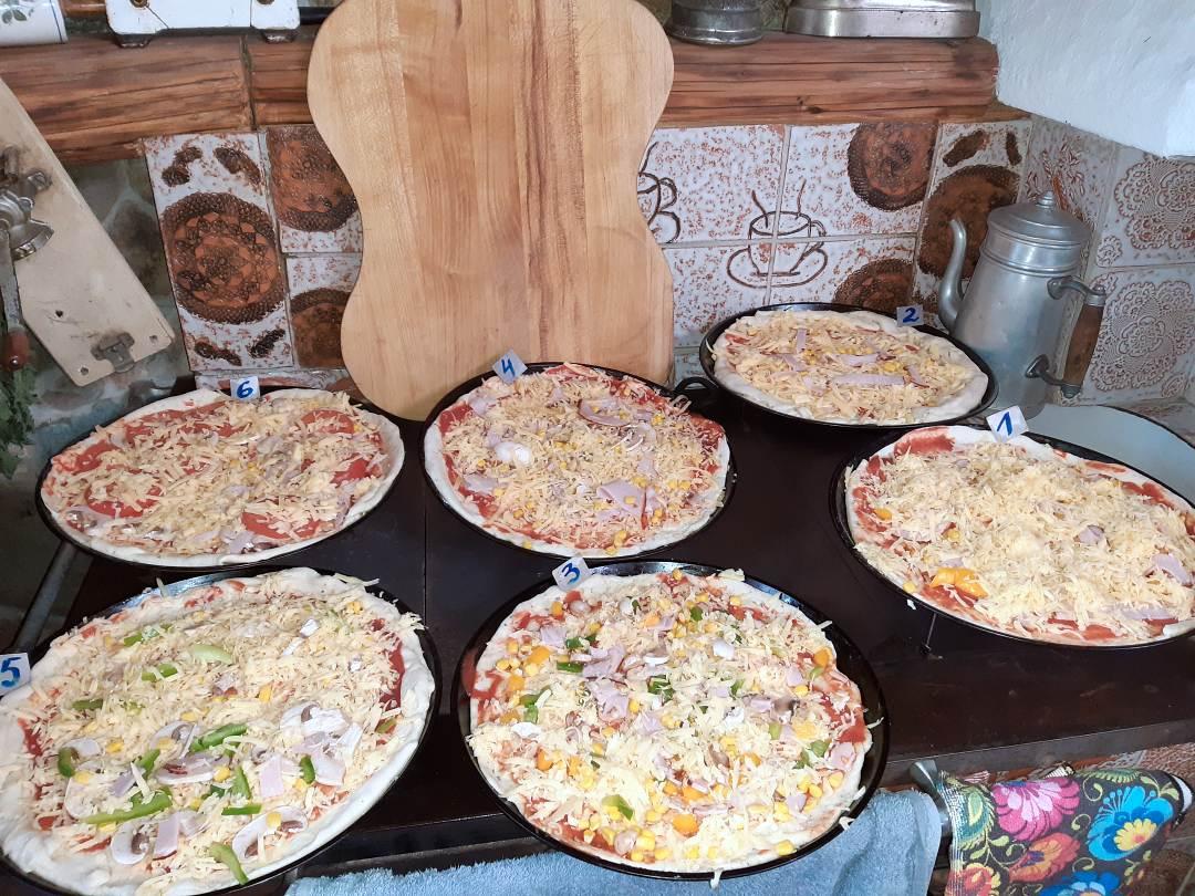 pieczenie pizzy Dobków
